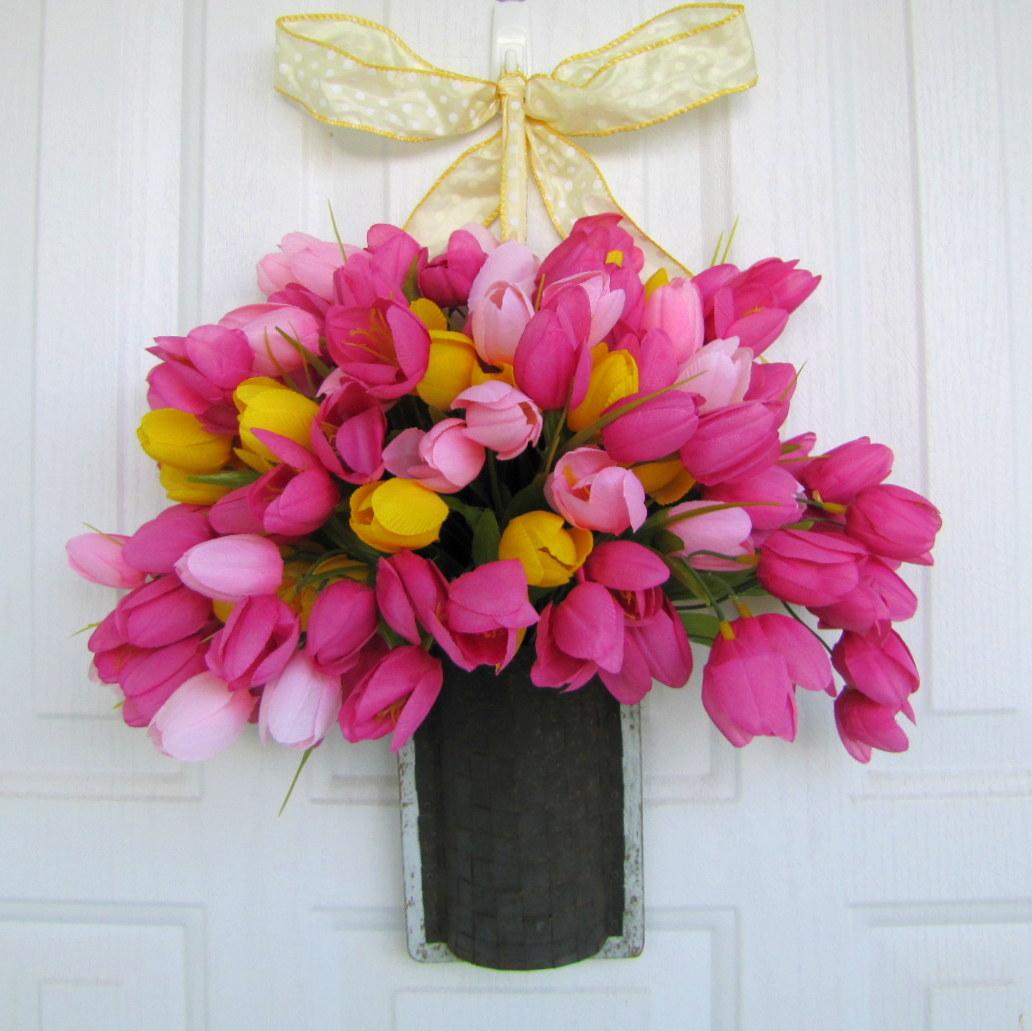DIY: Spring Door Decor...