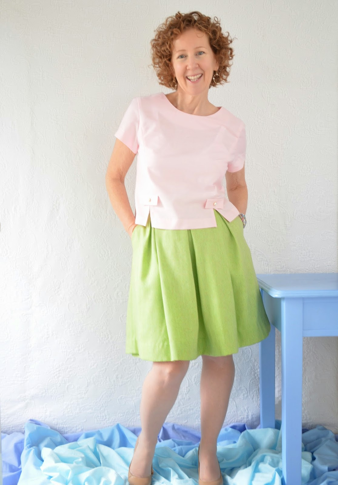 A Colourful Canvas, Simplicity Pattern 8575