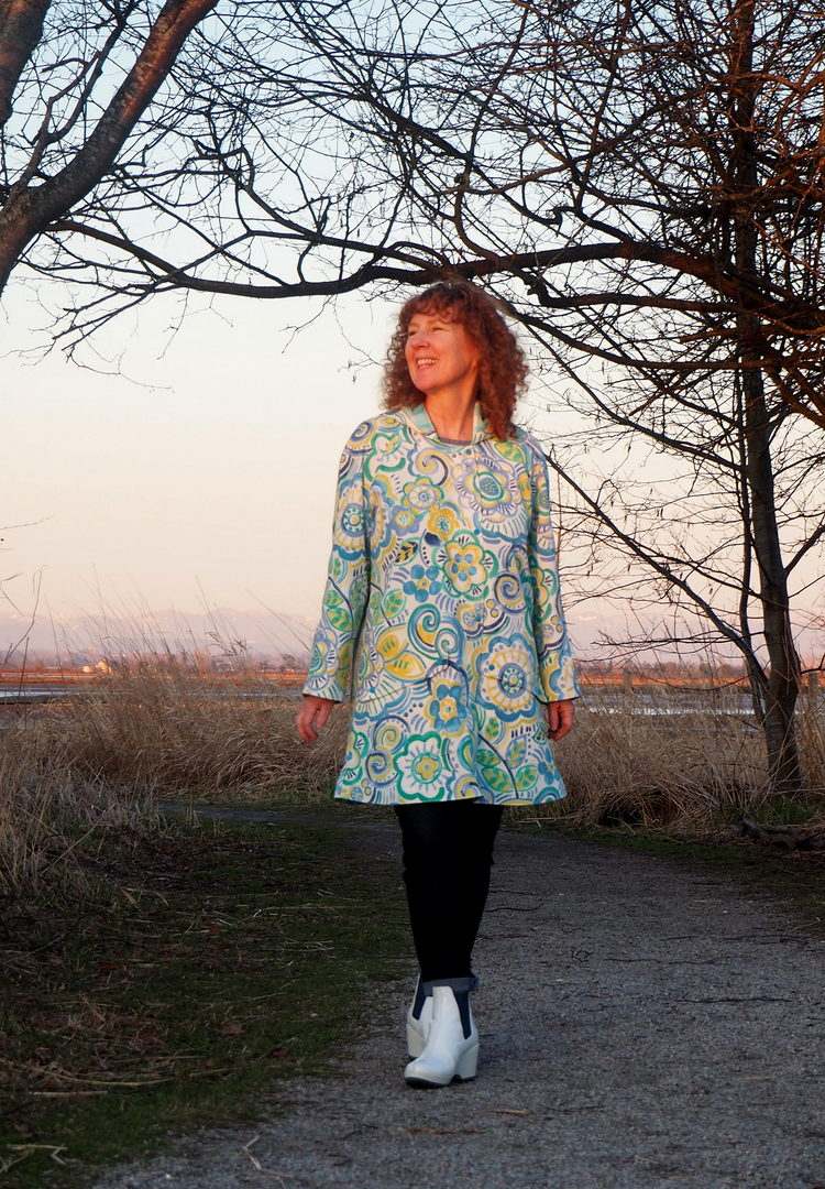 Truffle Coat, Truffle Raincoat, Lara Sanner, A Colourful Canvas, Vancouver sewing blog
