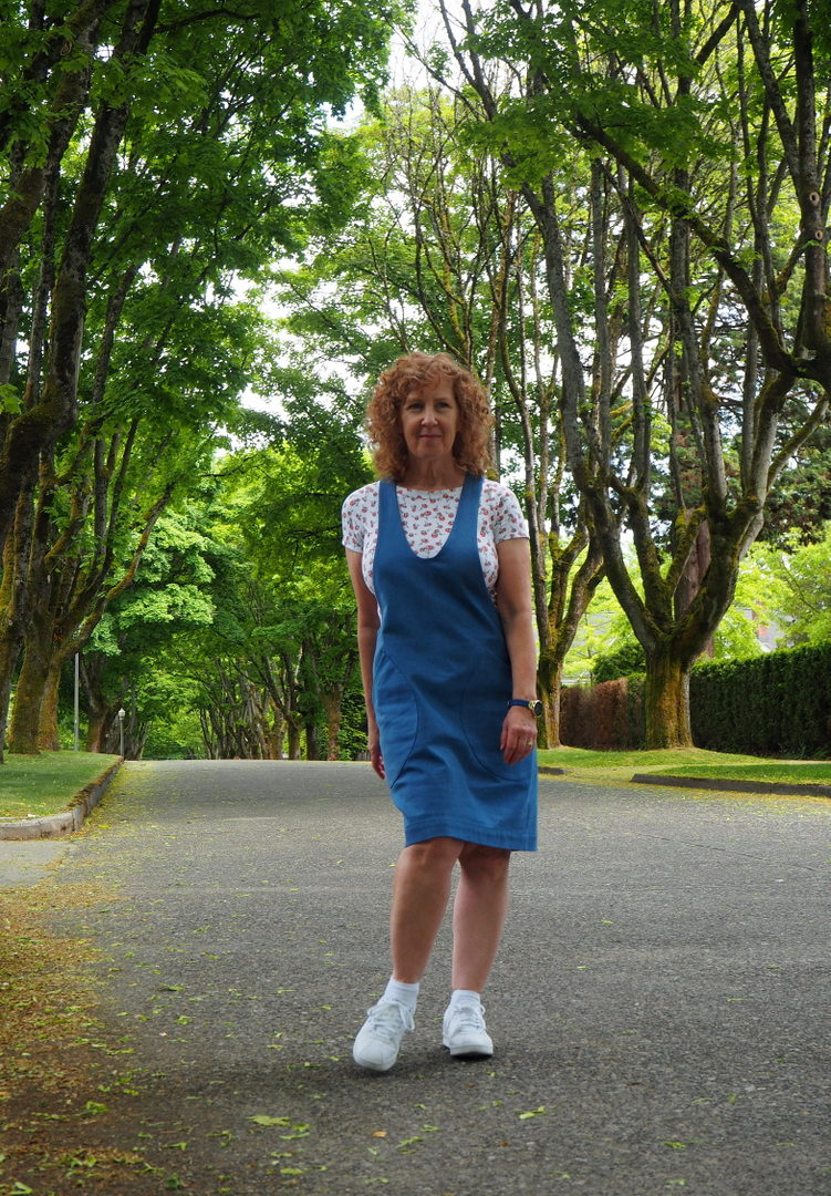 York Pinafore, Helen's Closet, Vancouver Sewing Blog, A Colourful Canvas, MNRowan Tee